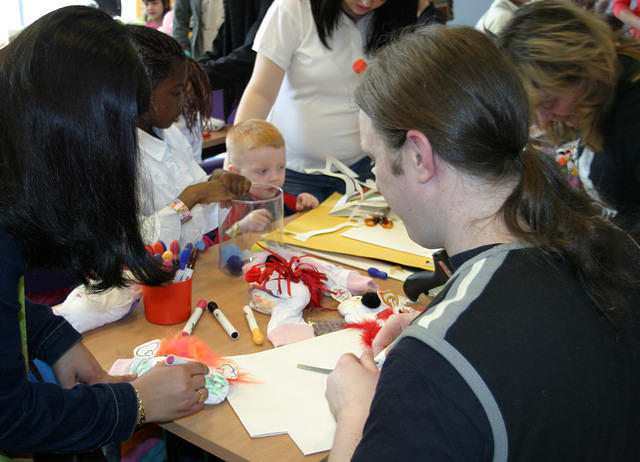 Puppet Making Oldham Library